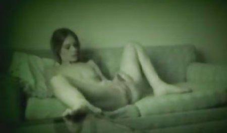 Luar biasa xx sek indonesia gadis Asia mendapat telanjang dan menyentuh dirinya sendiri