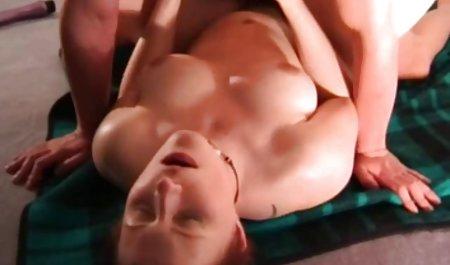 cantik bermata biru pelajar indonesia porn Monica