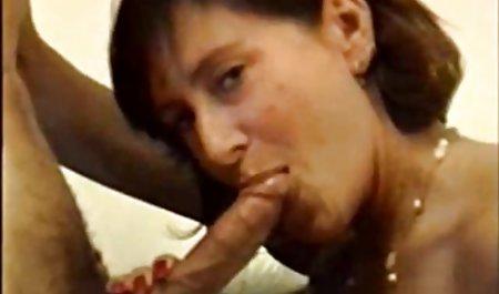 Toket video indo xxx kencang ibu menggoda anak tiri nya