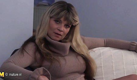 Bi awek bandung dan lesbian Laura dibersihkan Kecukupan erotis