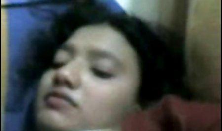Seksi Vanessa xxx indo mesum adalah seorang pembantu.MP4