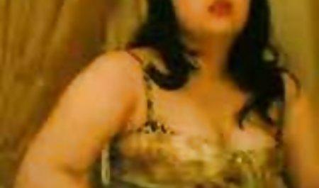 Erotis, artis indonesia xxxx Tenggorokan Apaan